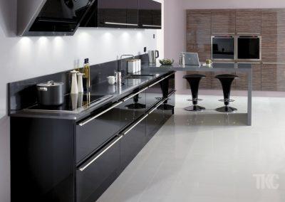 designer fitted kitchens uk